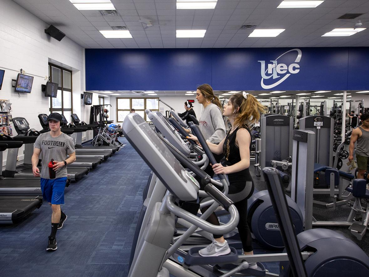 Students work out in the Sports and Recreation Complex fitness center. The Stout Student Association has approved a resolution recommending adding recreation space to the complex. / UW-Stout photos by Chris Cooper